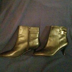 Ralph Lauren leather upper botties